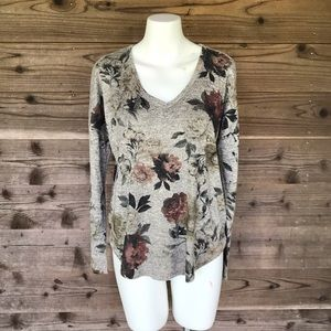 Live In The Moment Floral LS V-Neck Sweater Small